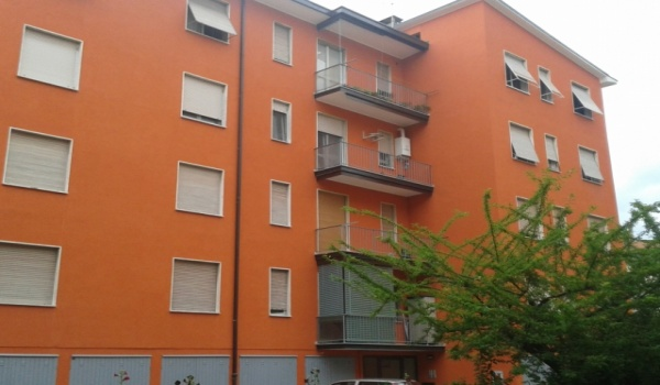 € 55.000 Bilocale ultimo piano con box zona s.fereolo A225-15LO