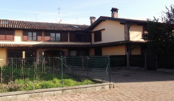 € 129.000 Villetta Nuova in centro paese Brembio VS23-13LO